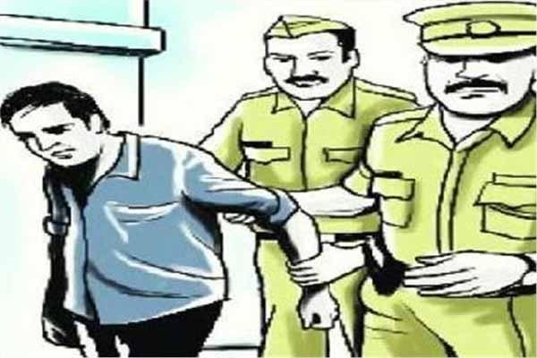 चंबा: पुलिस ने व्यक्ति से बरामद की चरस व चिट्टा